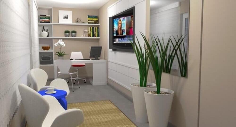 decoração de home office com vasos de plantas brancos.