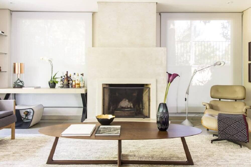 decoração de sala de estar com vaso decorativo