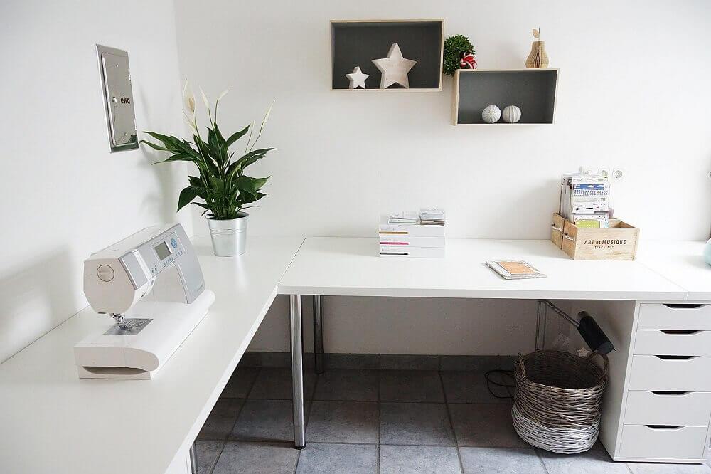 escrivaninha de canto branca e grande