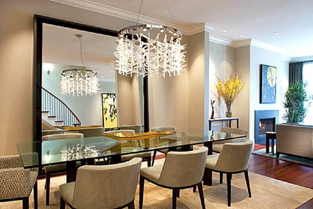 espelho para sala de jantar apoiado no piso