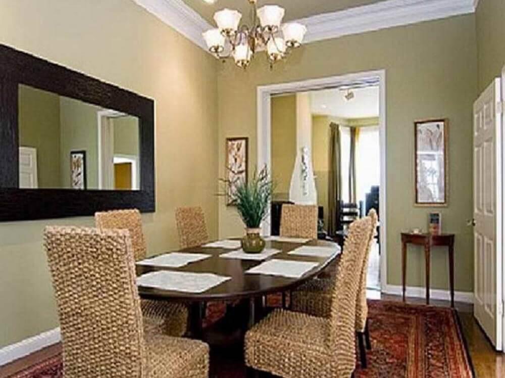 Espelho para sala de jantar com moldura larga e preta