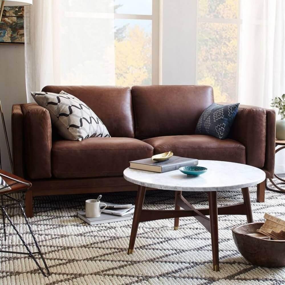 estampas para almofadas de sofá marrom