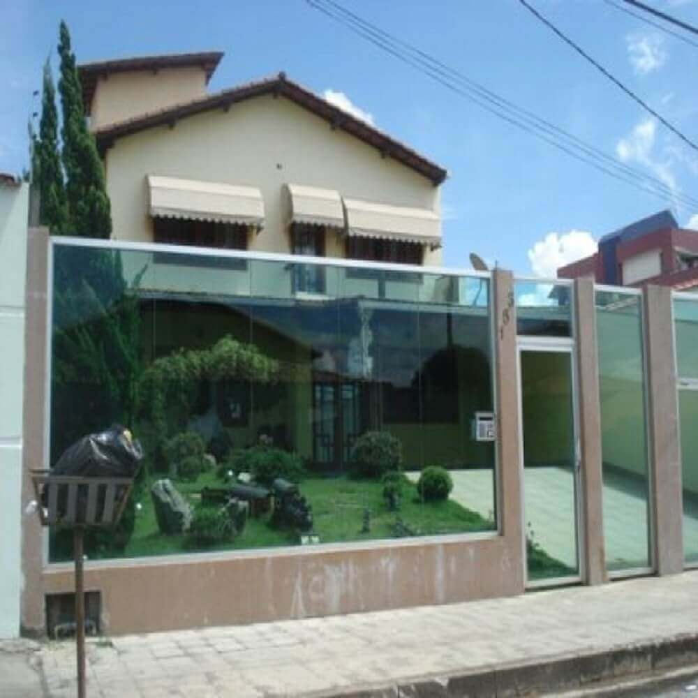 fachada de muro de vidro