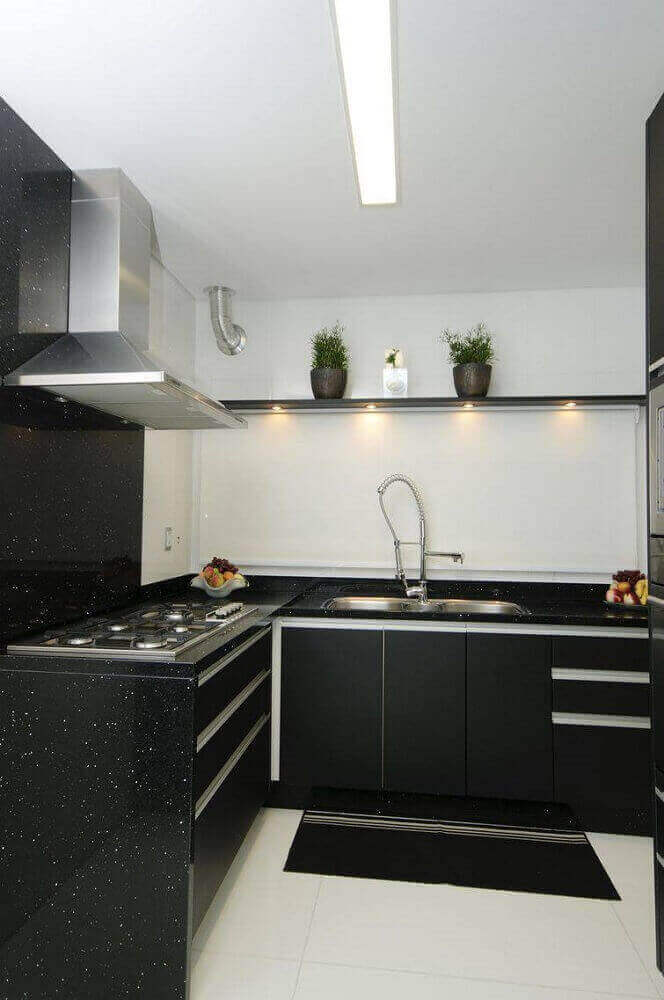 iluminação de LED cozinha preta