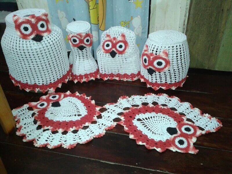 jogo de cozinha de crochê com estampa de corujinha