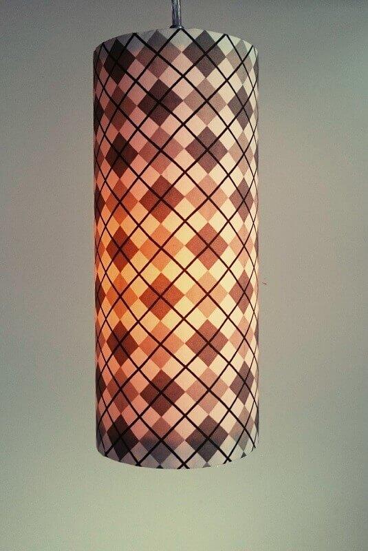 luminária de PVC revestida de tecido
