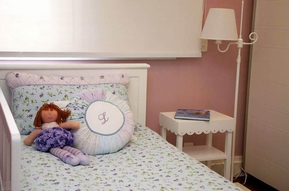luminária de chão para quarto de bebê