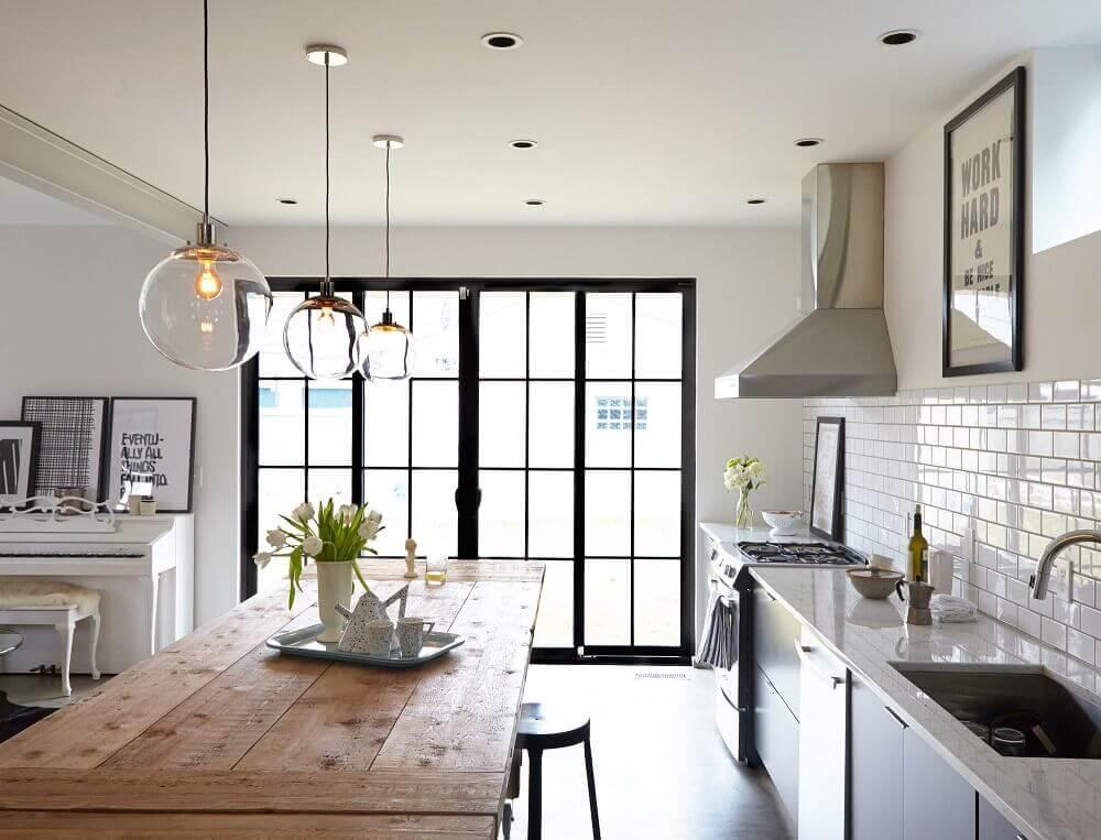 luminária delicada de vidro para cozinha