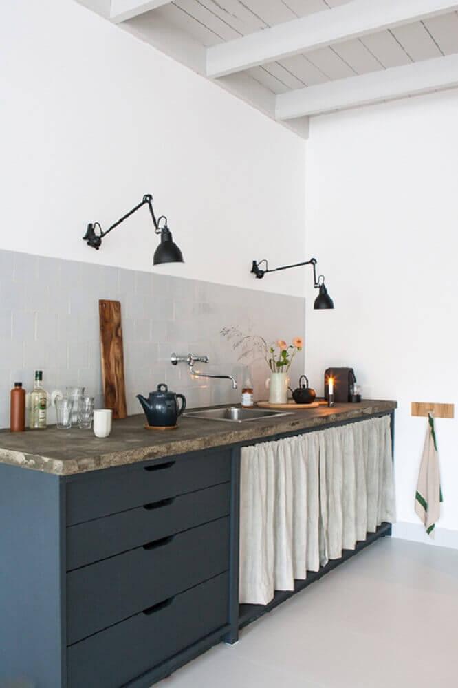 luminária para cozinha instalada na parede