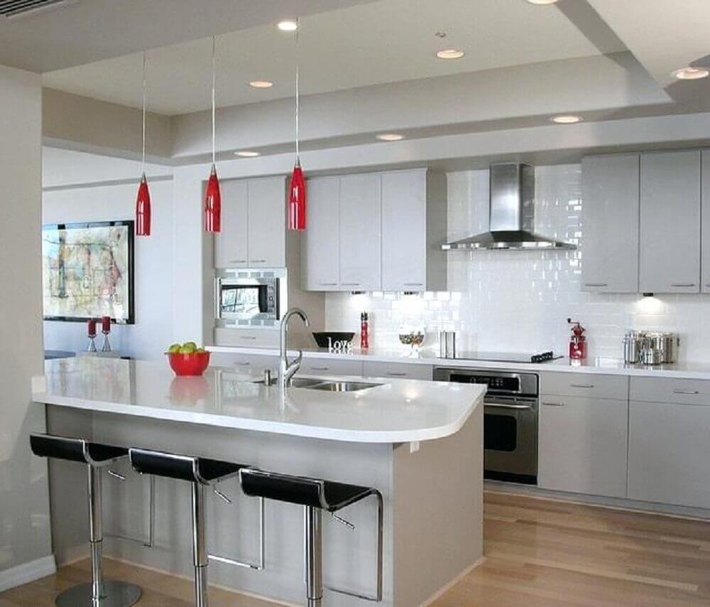 luminária pendente vermelha para cozinha