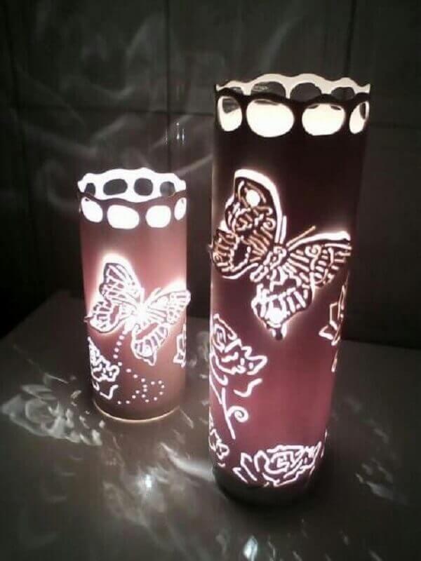 luminárias de PVC com estampa de borboletas