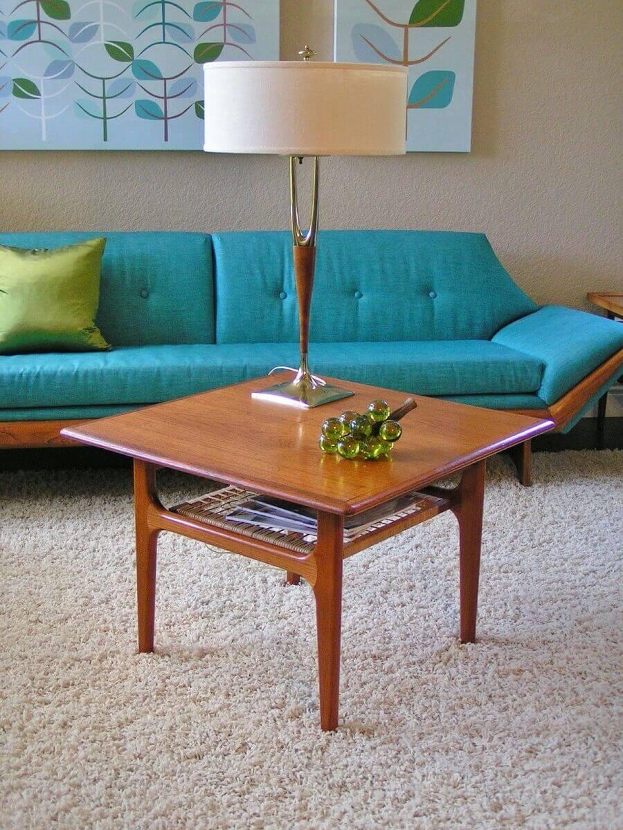mesa de centro quadrada de madeira