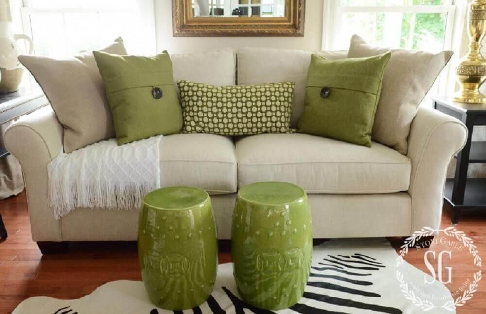 modelo de almofadas grandes para sofá