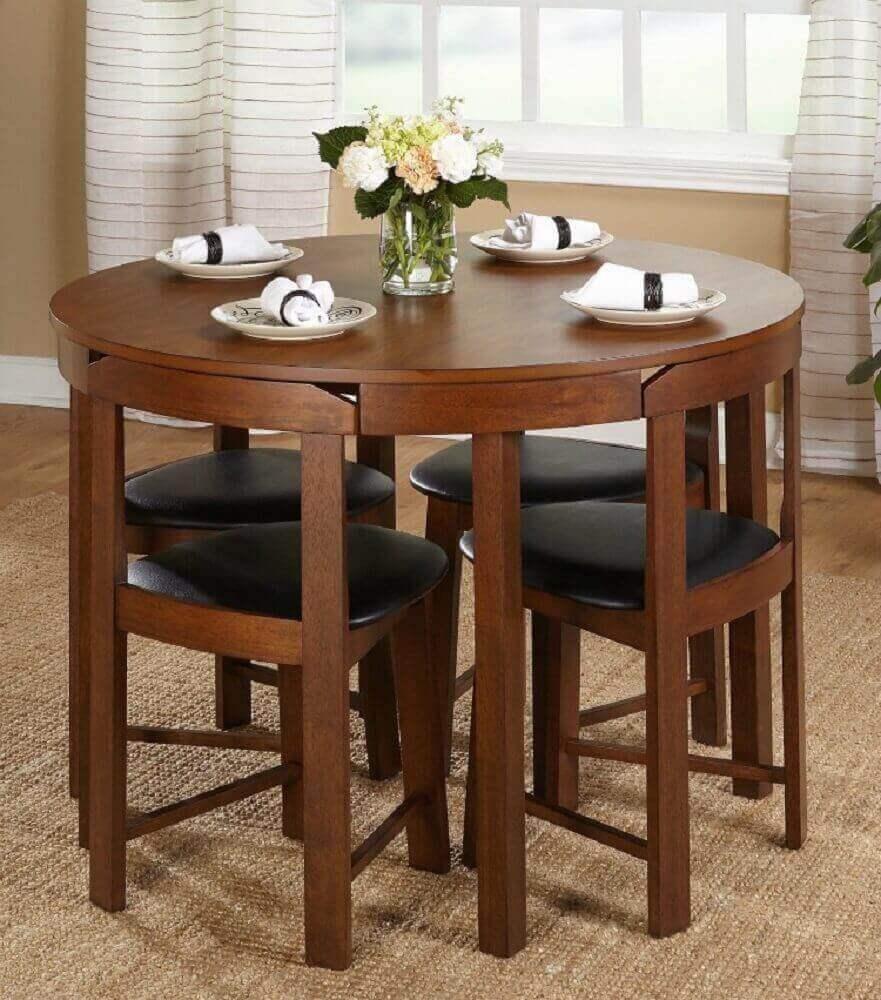 modelo de mesa de madeira pequena e redonda