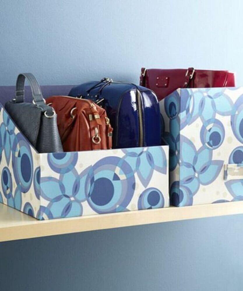 organização com caixa de sapato