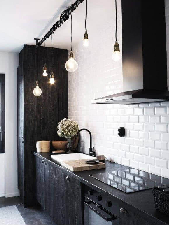 pendentes para cozinha preta e branca