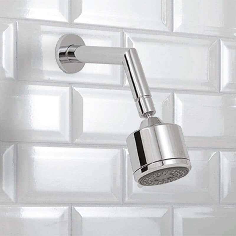 pequena ducha para banheiro