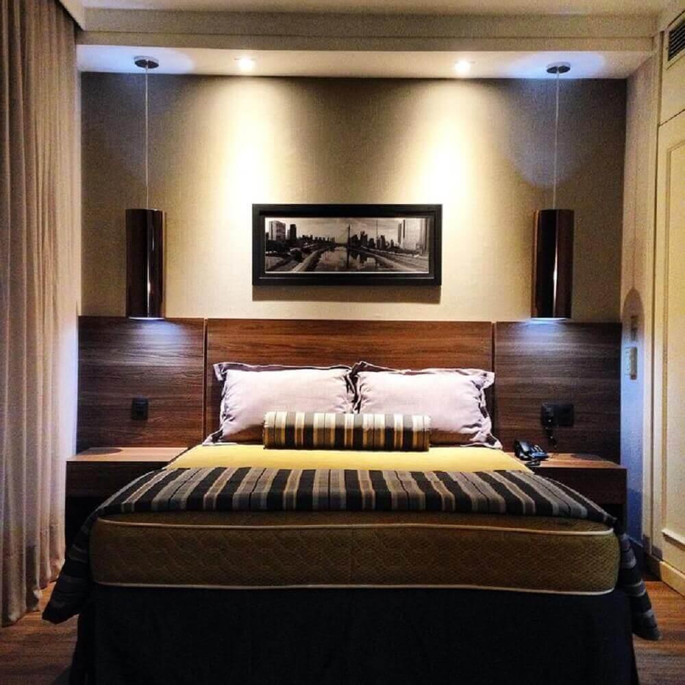 quarto de casal com pendentes pretos