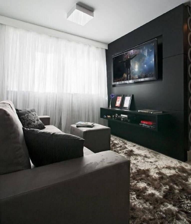sala cinza e preta pequena