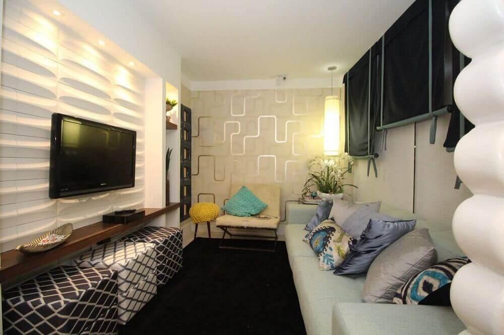 sala com parede de gesso 3d e papel de parede