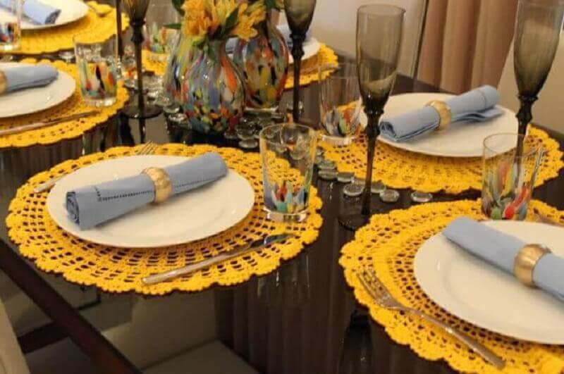 Sousplat amarelo de crochê