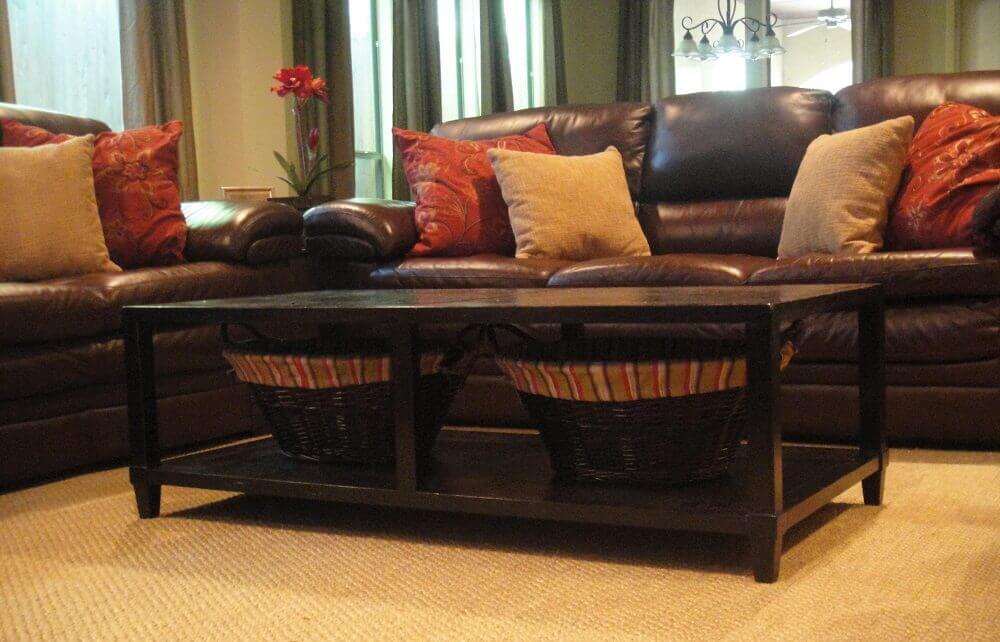tons de almofadas para sofá marrom