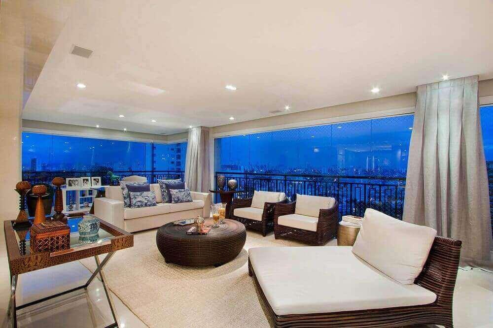 varanda de apartamento de luxo