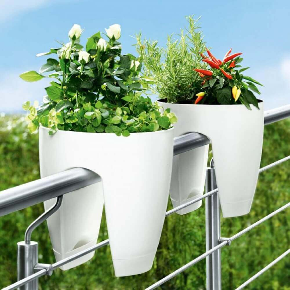 Vasos de plantas 47 modelos para inspirar voc e como for Portavasi balcone