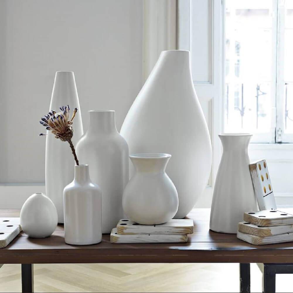 vasos decorativos brancos