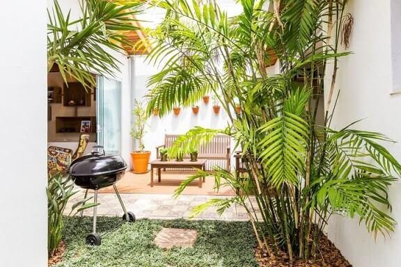 Como fazer um jardim com churrasqueira Projeto de By Arquitetura