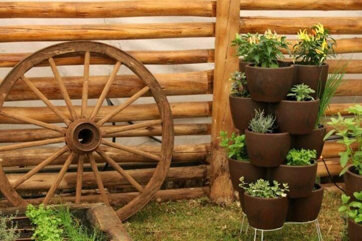 Como fazer um jardim com vasos empilhados Projeto de MC3 Arquitetura