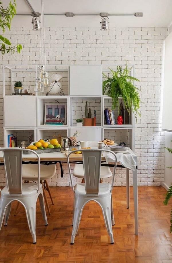 Invista em nichos para sala de jantar