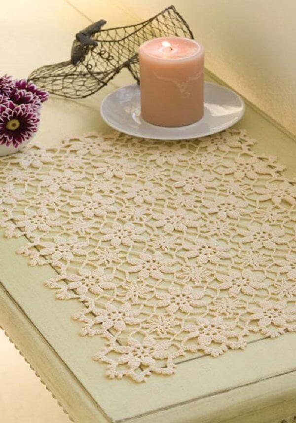 Jogo americano romântico e delicado em formato de flores