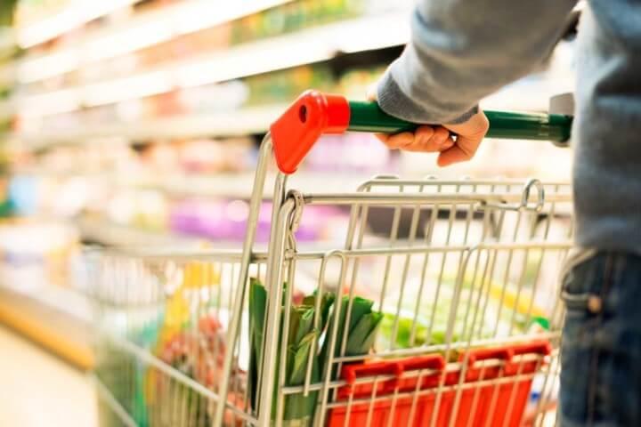 Lista de compras com carrinho