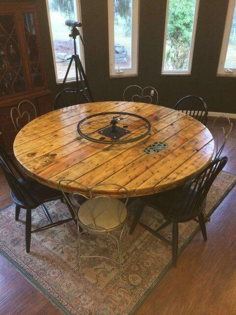 Mesa de carretel de jantar