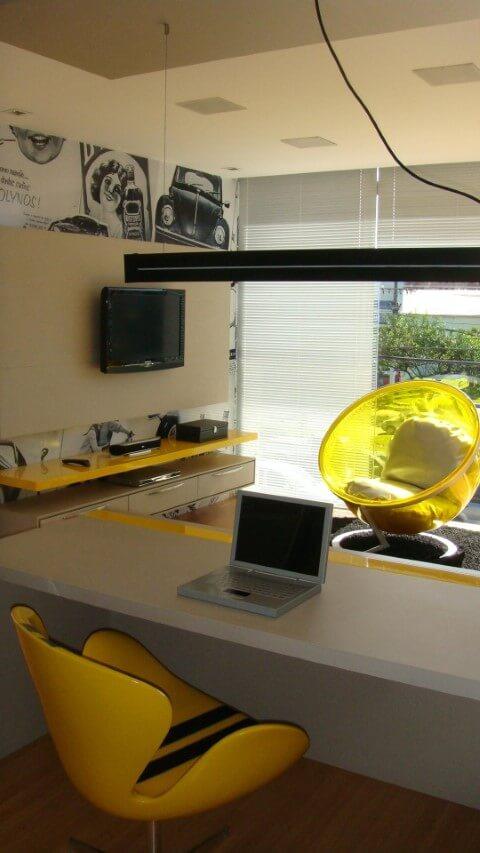 Modelos de poltronas amarelas Projeto de Jamilly Vasconcelos Goulart