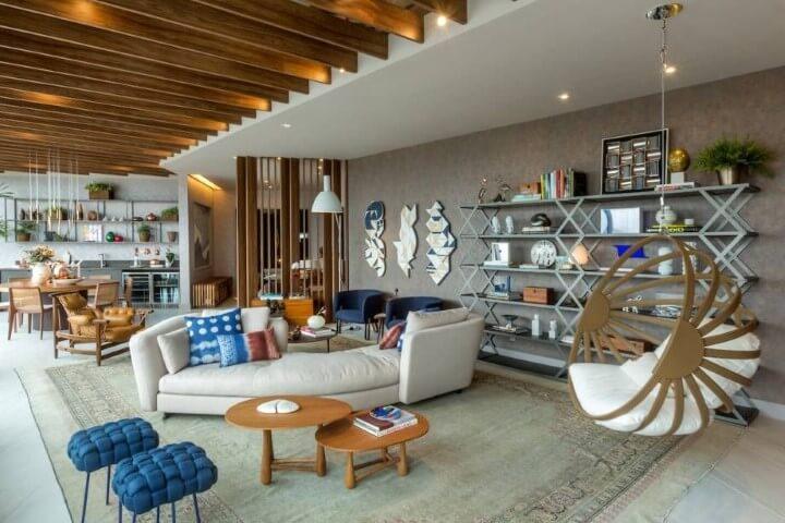 Modelos de poltronas diversas em sala de estar Projeto de Casa Corrio