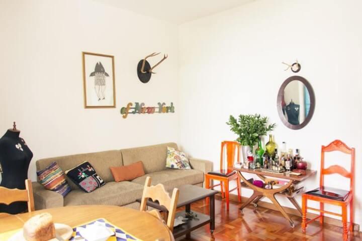 Modelos de sofá tradicional bege de dois lugares Projeto de Casa Aberta