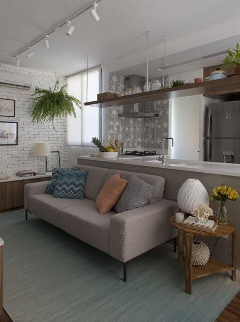 Modelos de sofá tradicional marrom claro Projeto de SP Estúdio