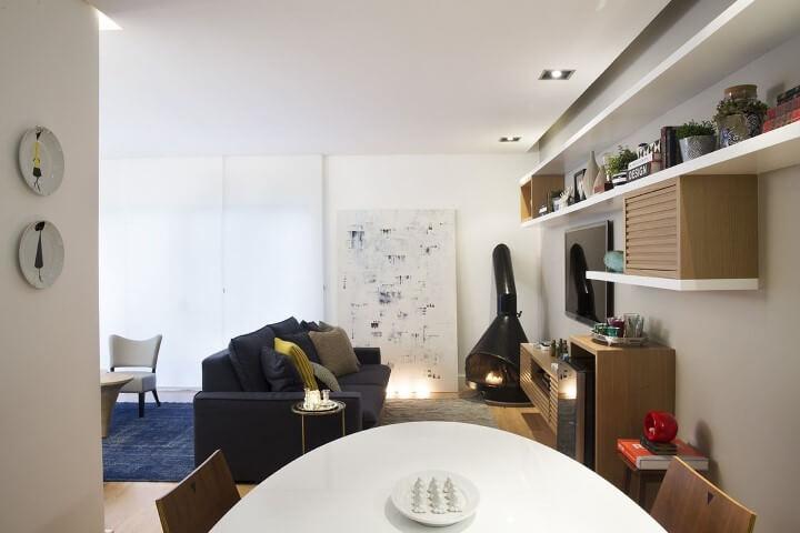 Modelos de sofá tradicional preto Projeto de D2N Arquitetura