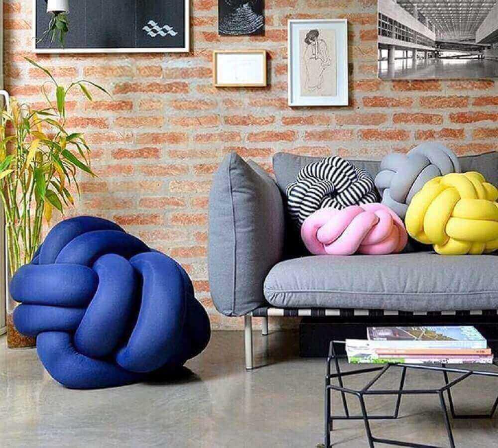 Puff para sala com design criativo