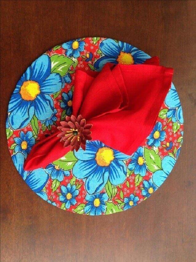 artesanato para cozinha sousplat revestido de tecido florido