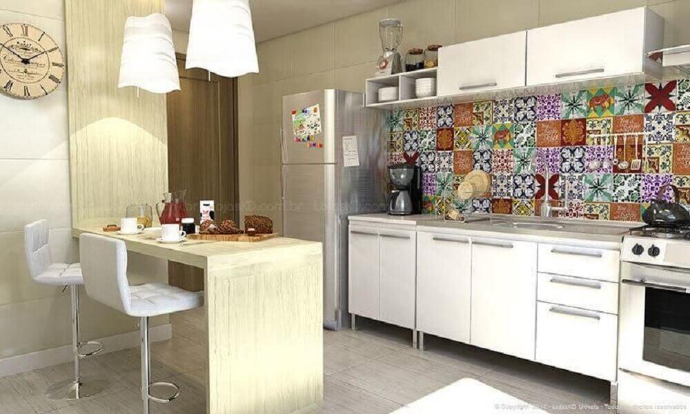 banqueta alta para cozinha com estofado branco