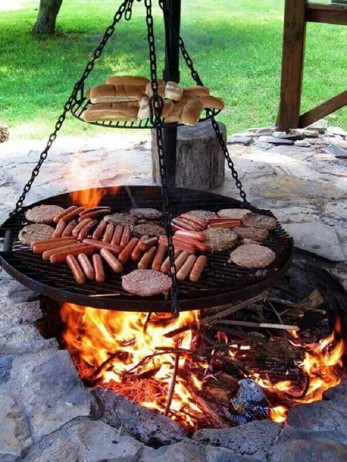 churrasqueira de ferro com grill