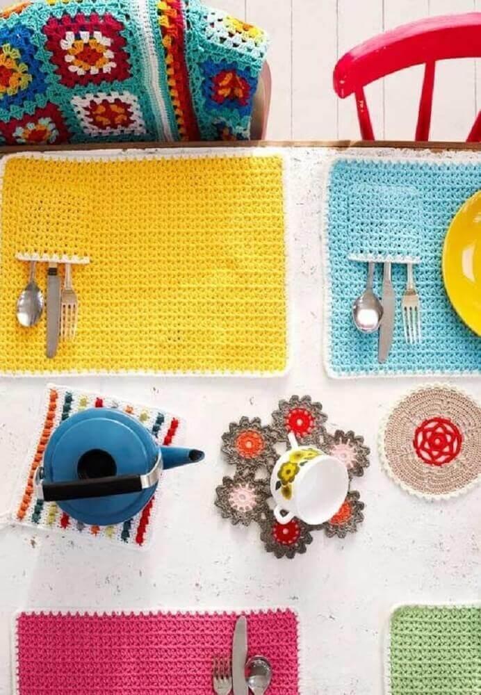 colorido jogo americano de crochê