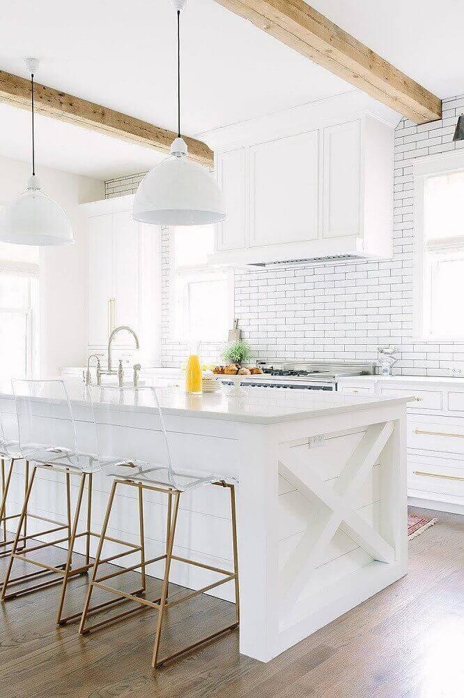 decoração com banquetas para cozinha com assentos de acrílico transparente Foto Pinterest