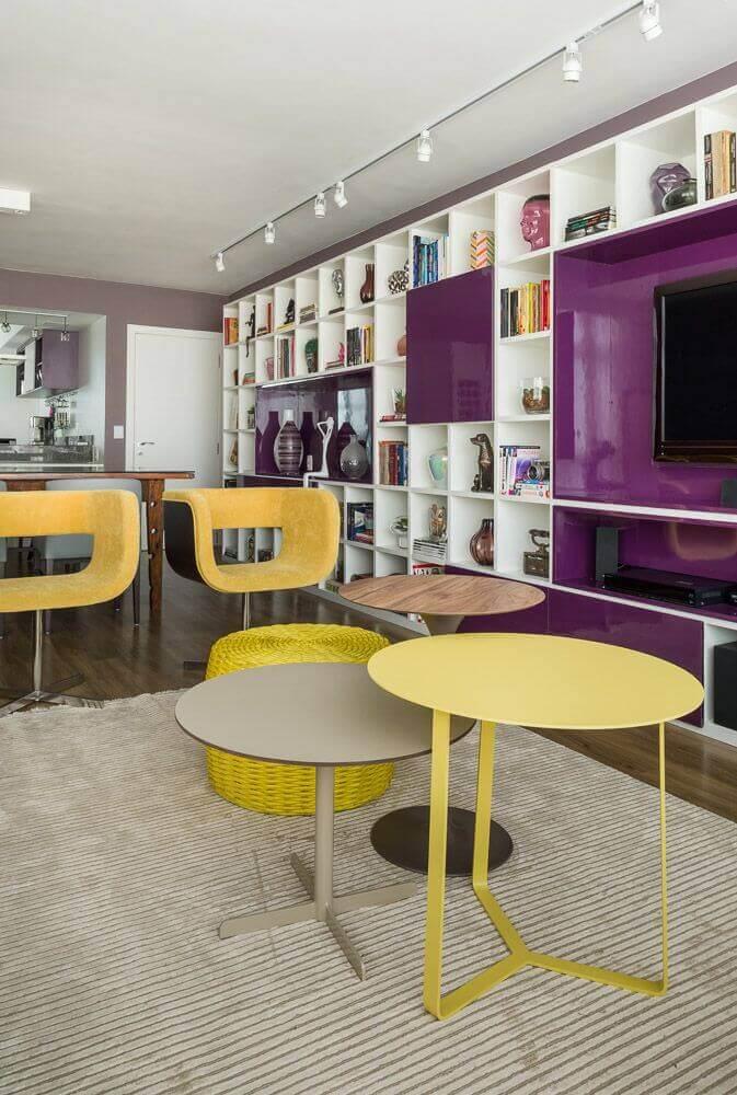 Utilize nichos para colocar mais cor aos ambientes