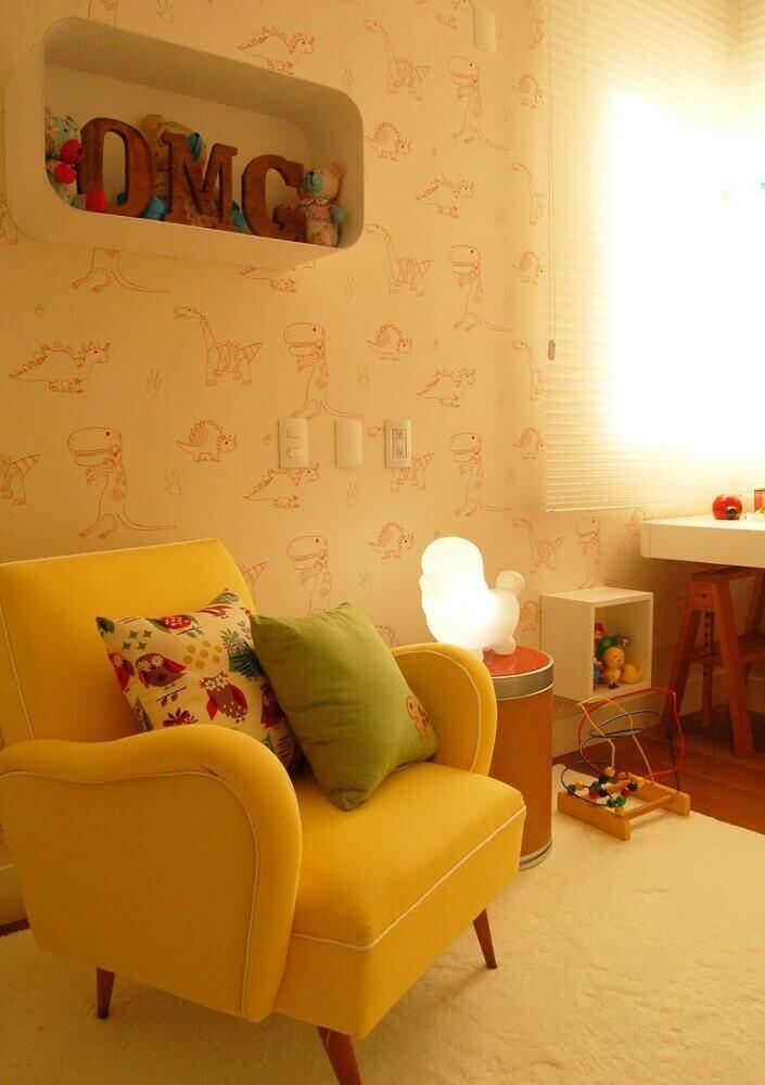 estampa de dinossauro em papel de parede para quarto de bebê