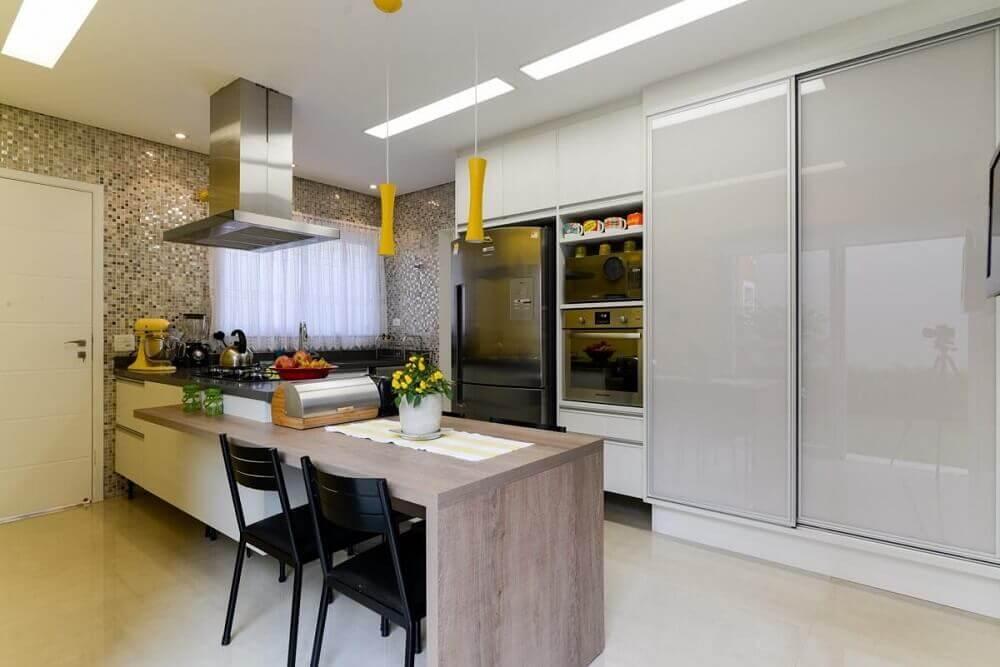 modelo minimalista de pendente amarelo para cozinha