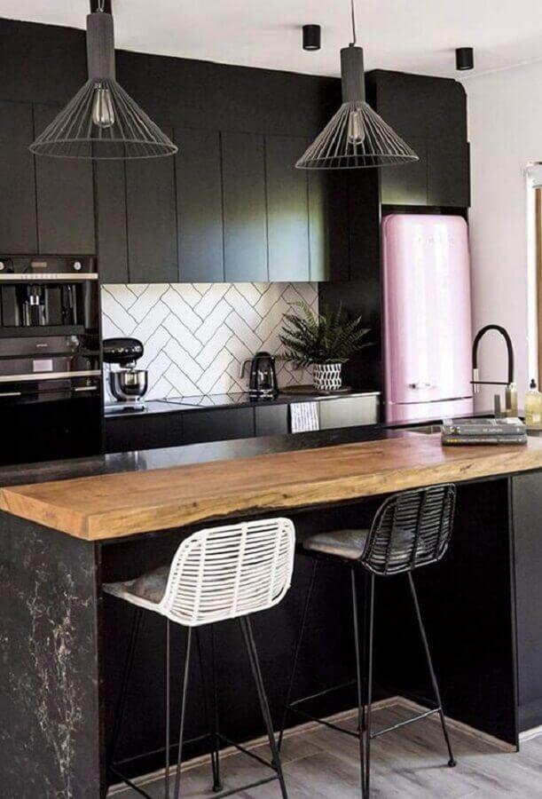 modelo moderno de pendente para cozinha preto Foto Eu Capricho